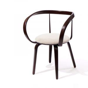 мягкие стулья с подлокотниками для гостиной