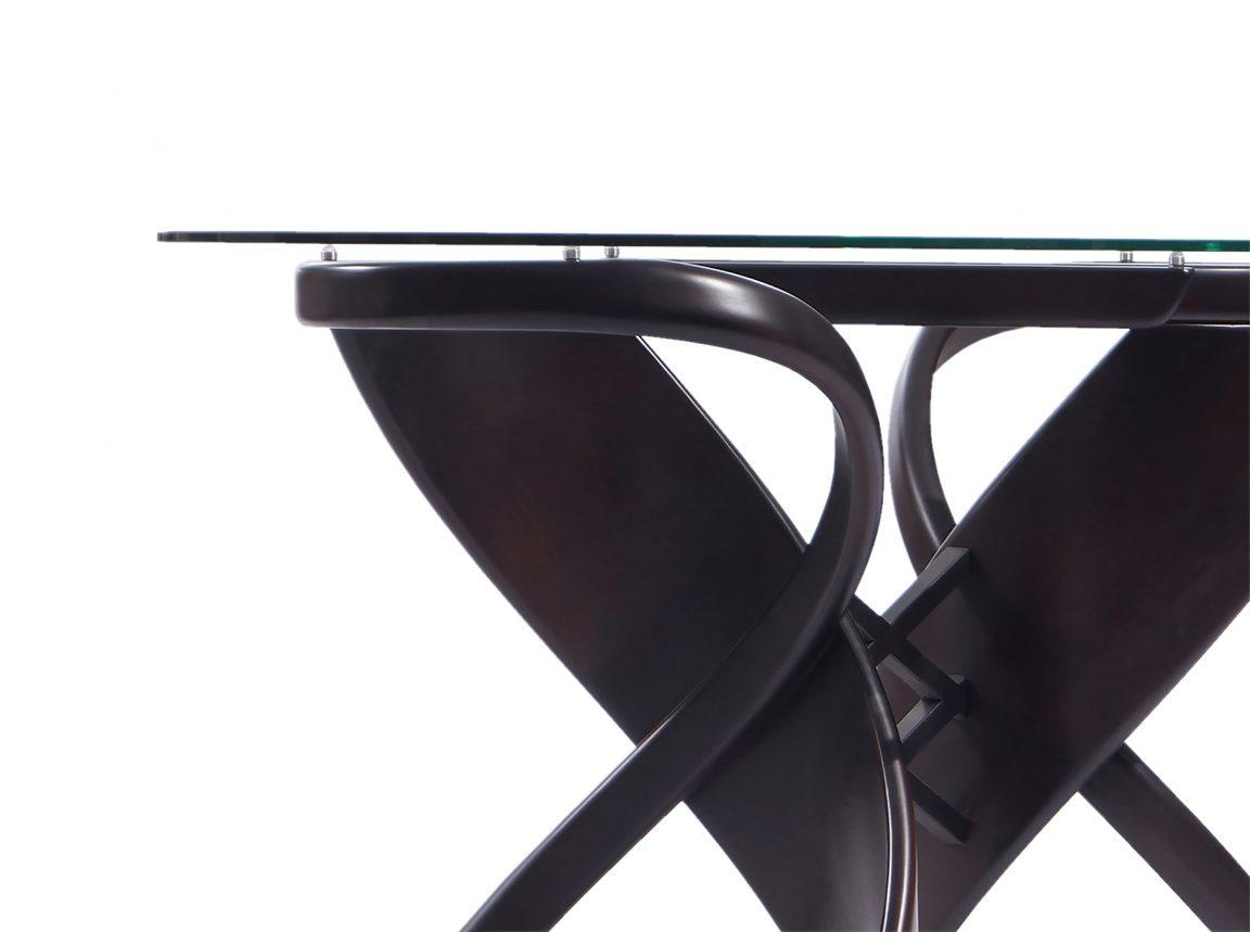 Стеклянный стол венге на кухню