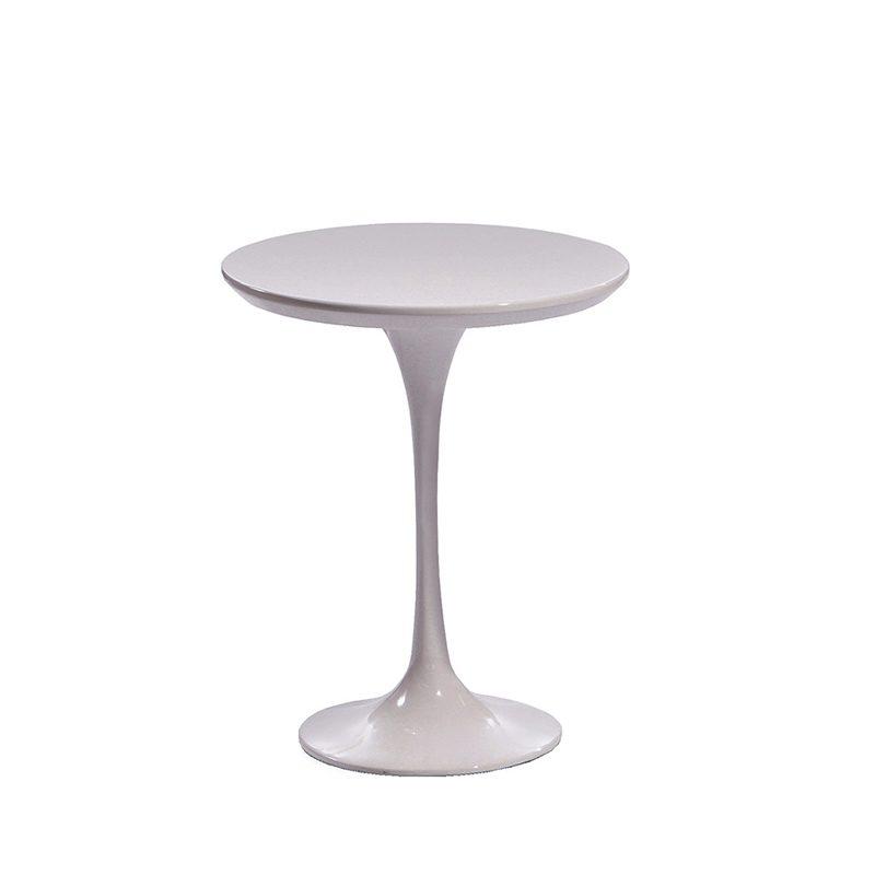 Маленький белый столик кофейный