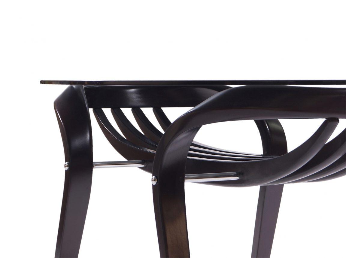 стеклянный овальный стол в гостиную