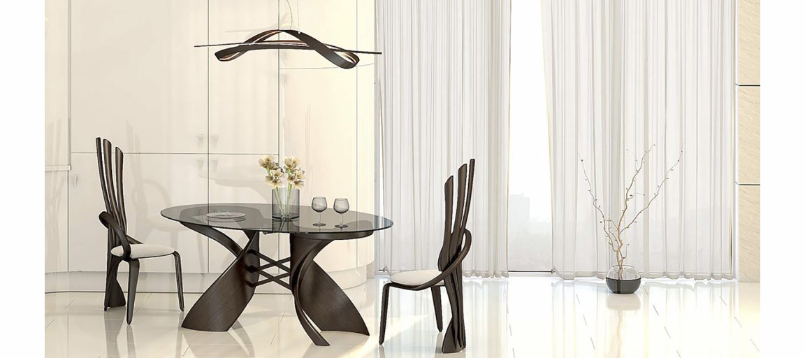 Изысканные стулья в светлом интерьере