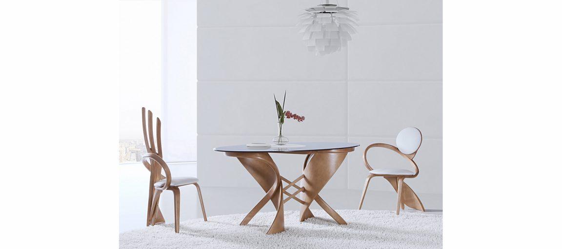 Овальный стол со стеклом для кухни