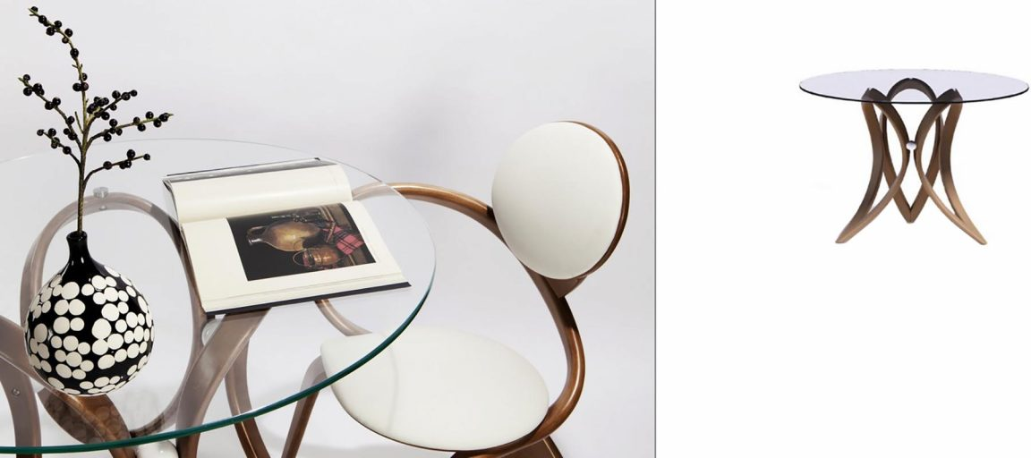 Прозрачный стол из натурального дерева