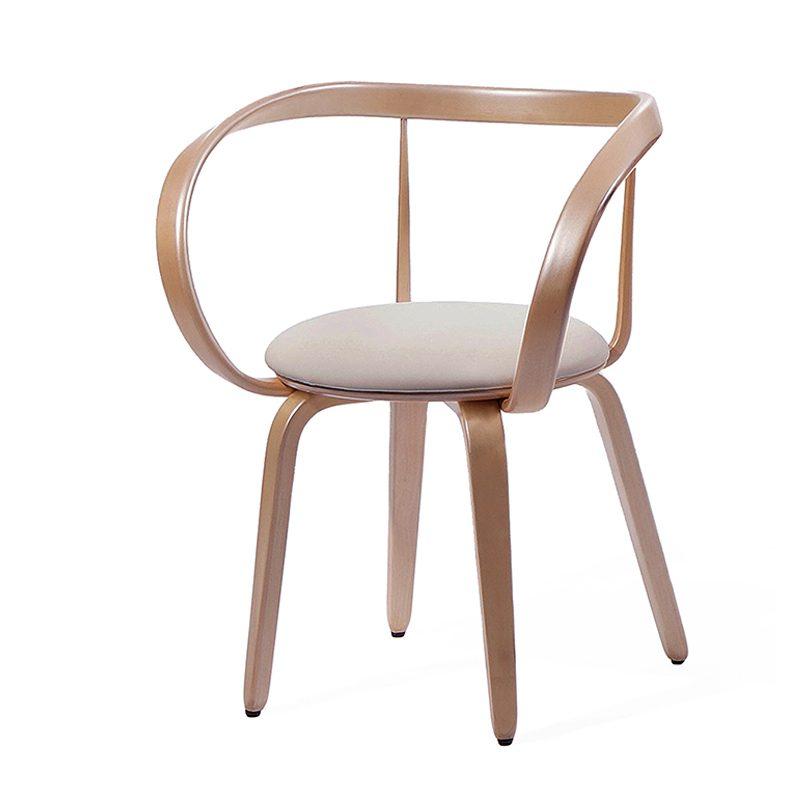 стул деревянный фото