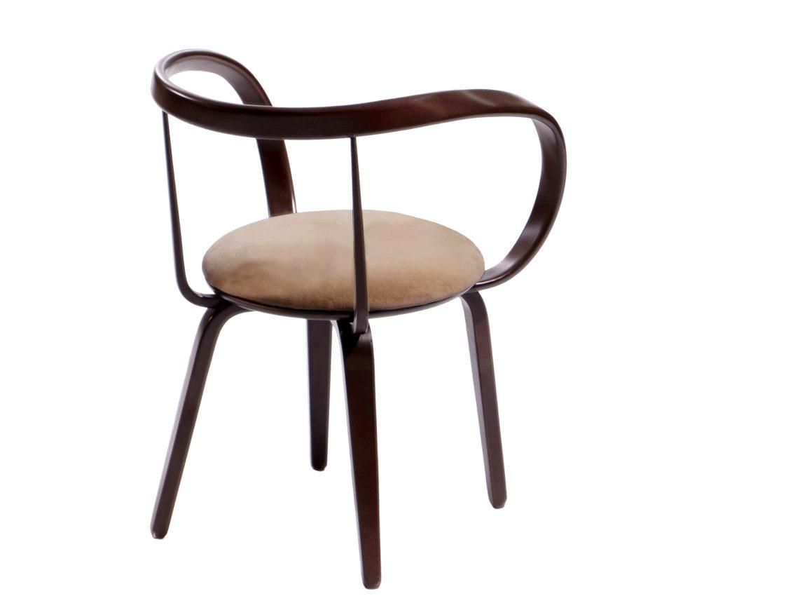 Изысканный легкий стул в столовую
