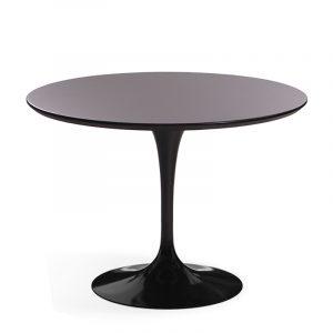 Необычный черной стол круглый