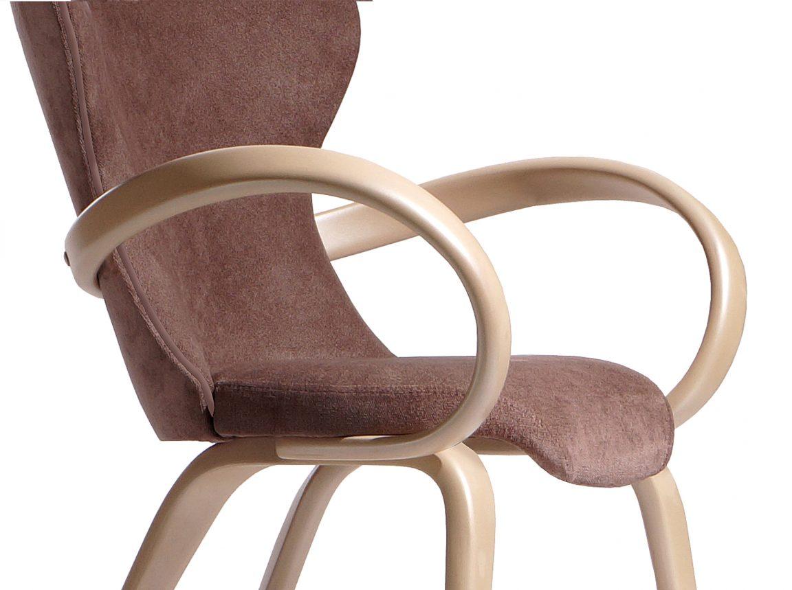 стул Априори S в светлых тонах дерева