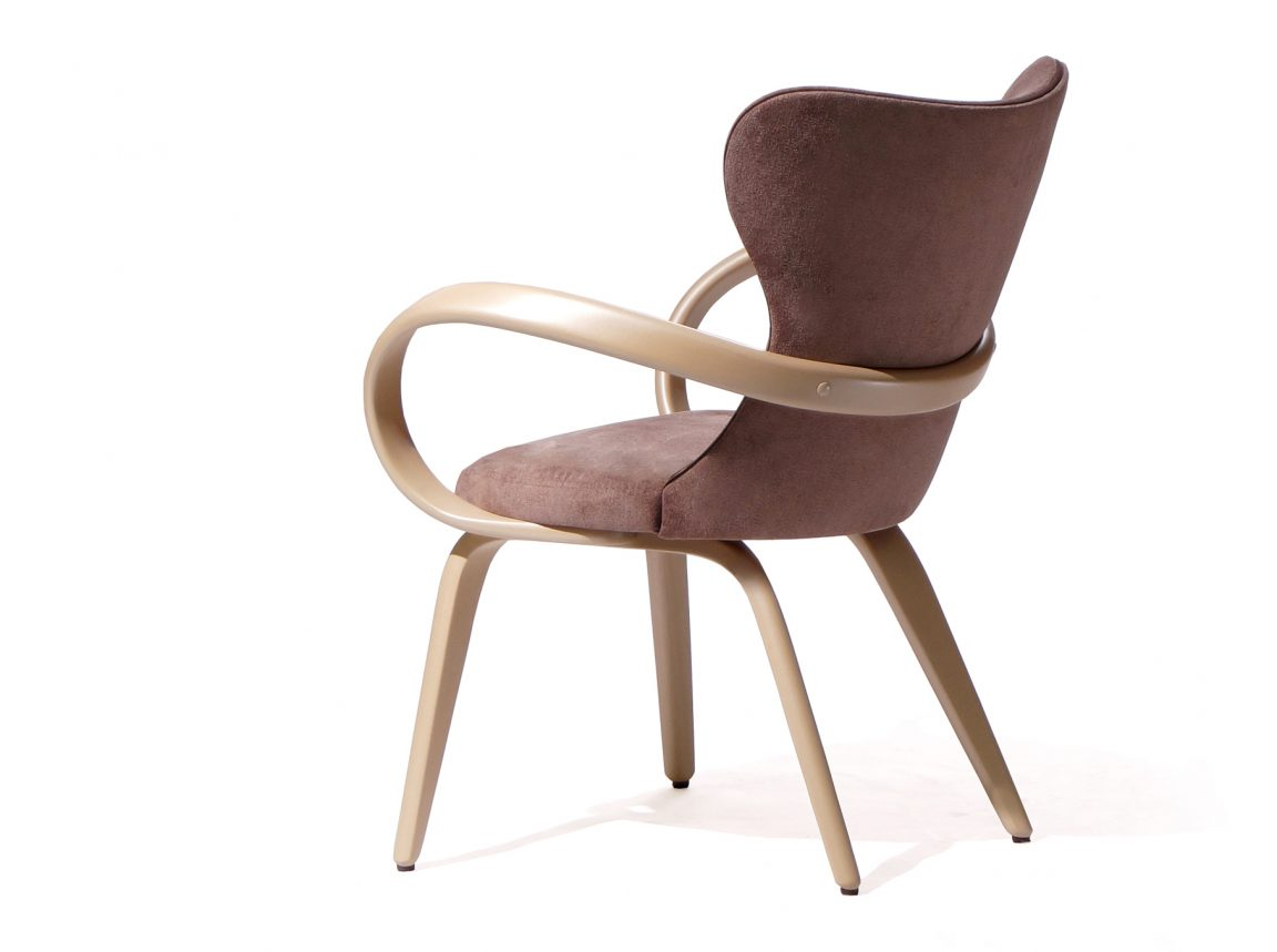 уютный стул S для отдыха