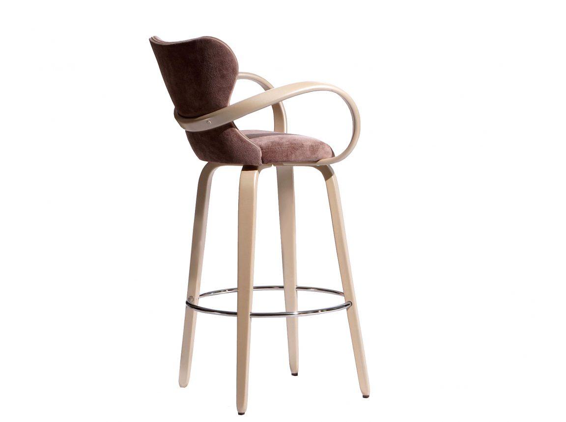 стул барный из светлого дерева