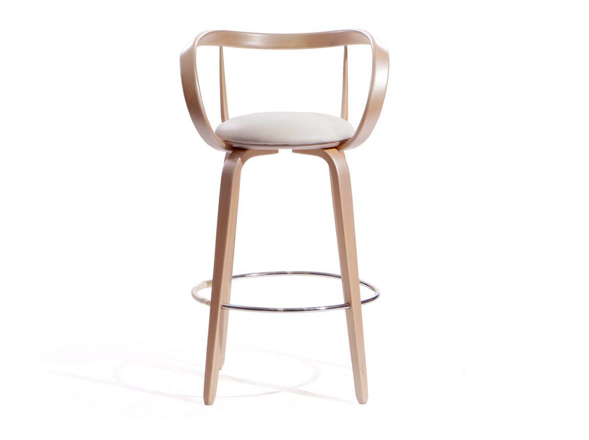 Изогнутый стул к барному столу