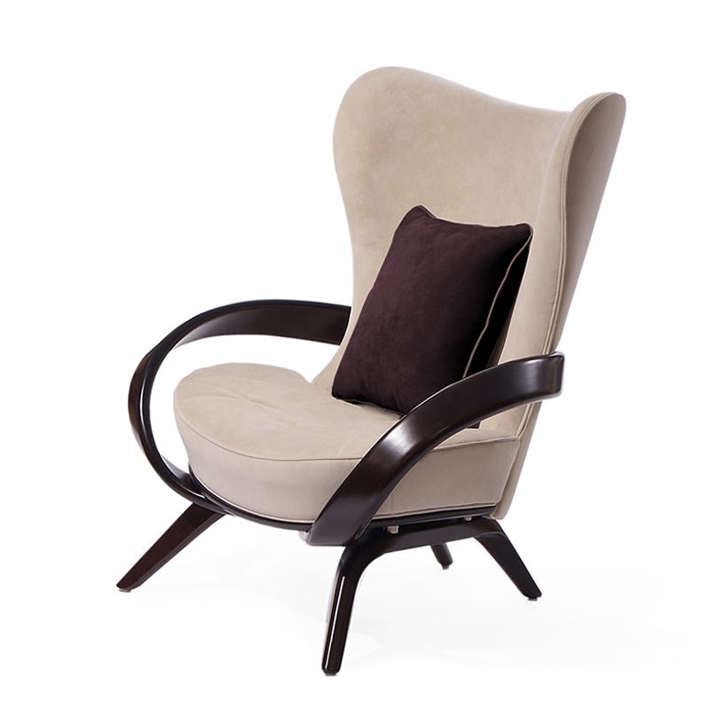 Удобное кресло из массива венге