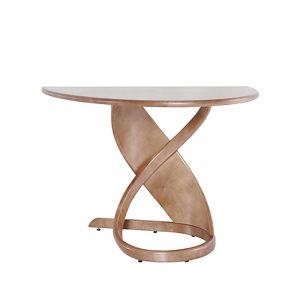 Светлый необычный обеденный столик