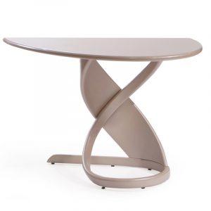 Современный столик в скандинавский интерьер