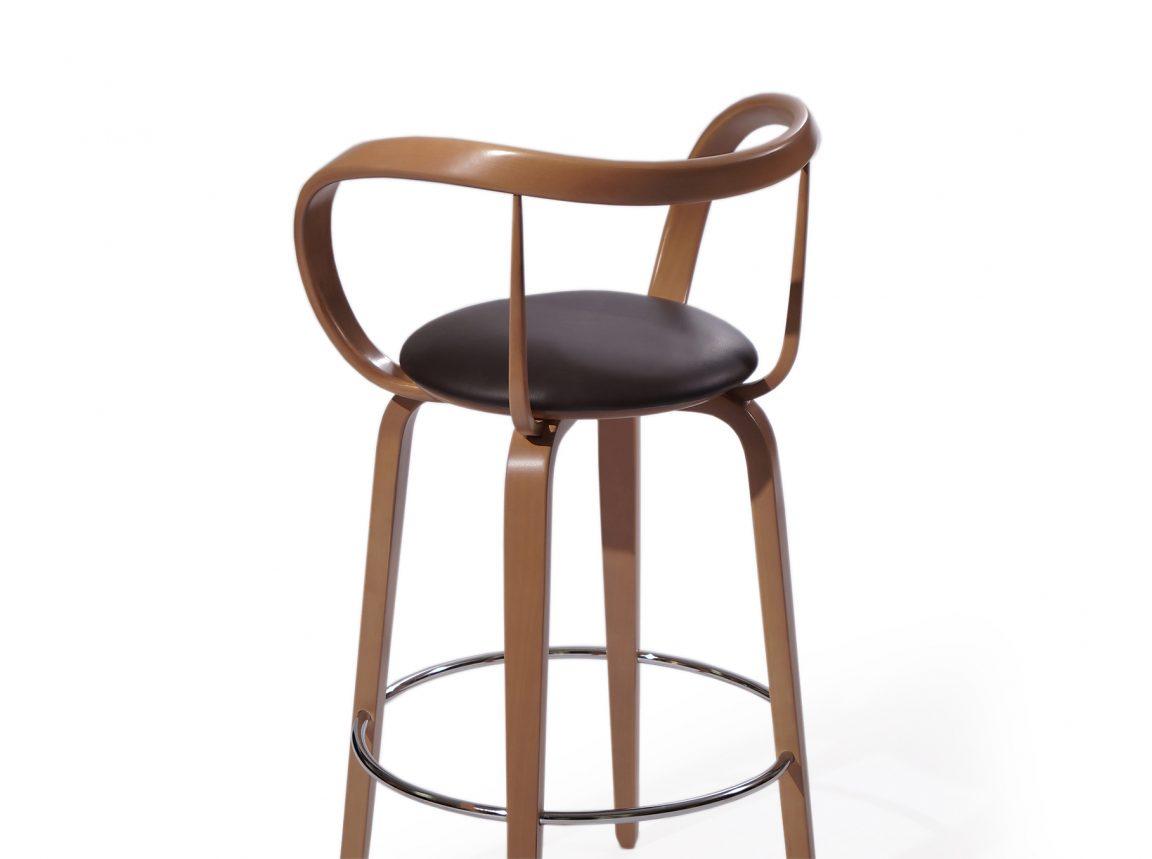 Комфортный стул высокий для бара