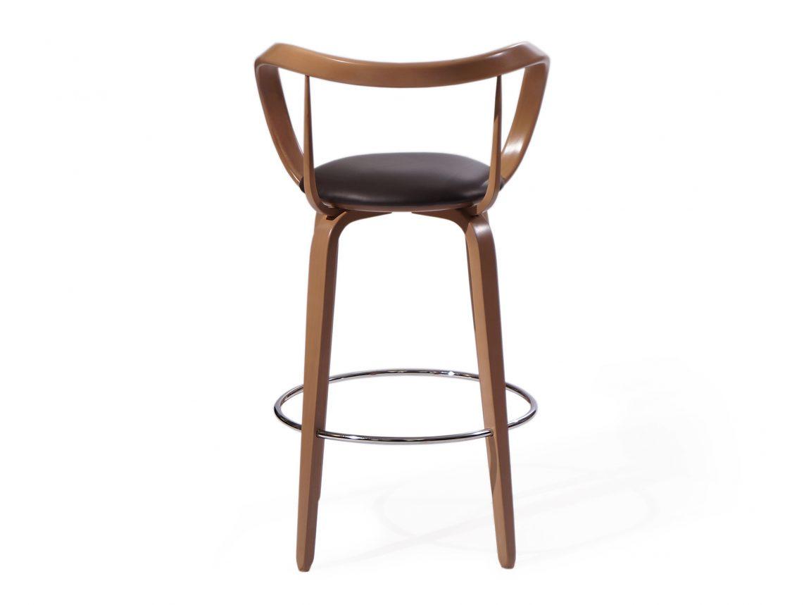 Модный стул в барную зону