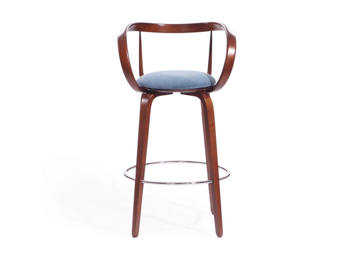 барный стул с гнутыми подлокотниками