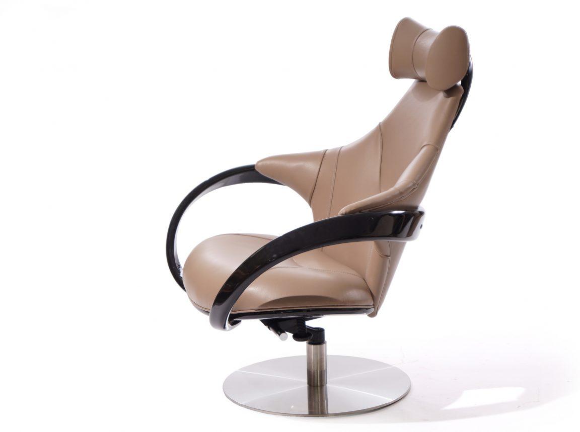Элитное кресло-качалка с подлокотниками