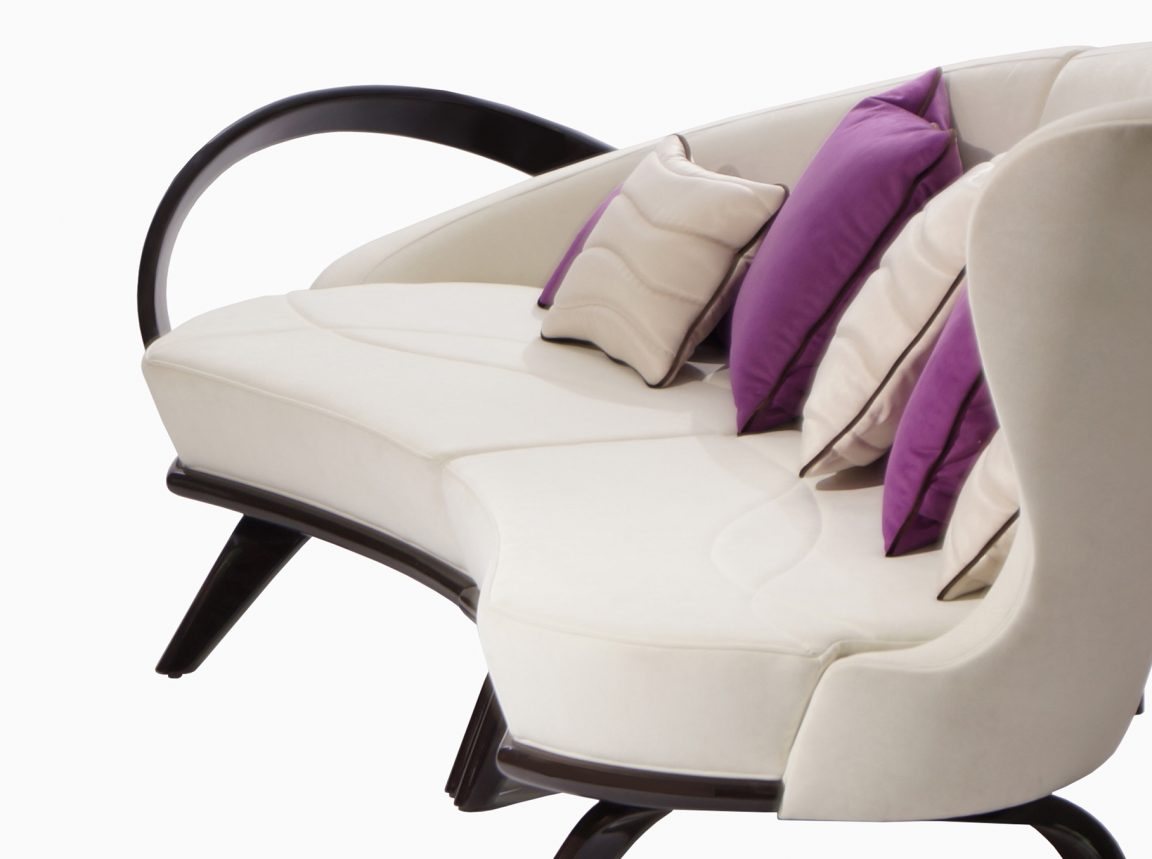 Дизайнерский бежевый диван большой