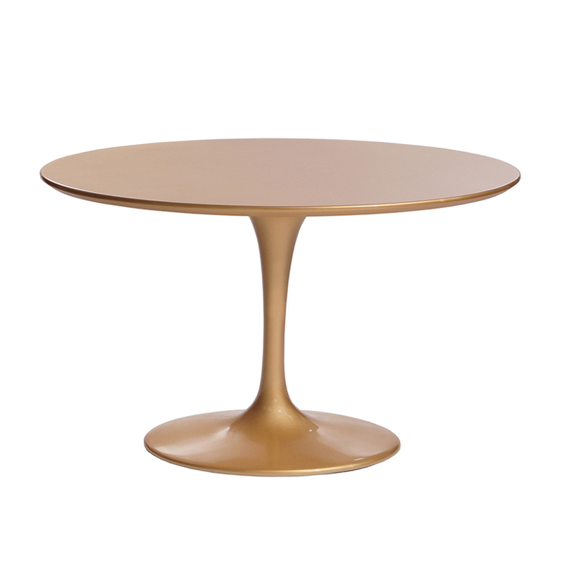 Роскошный круглый стол золотой