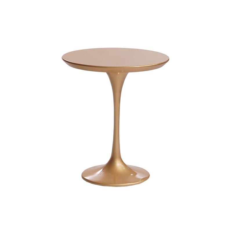 Небольшой золотой столик кофейный