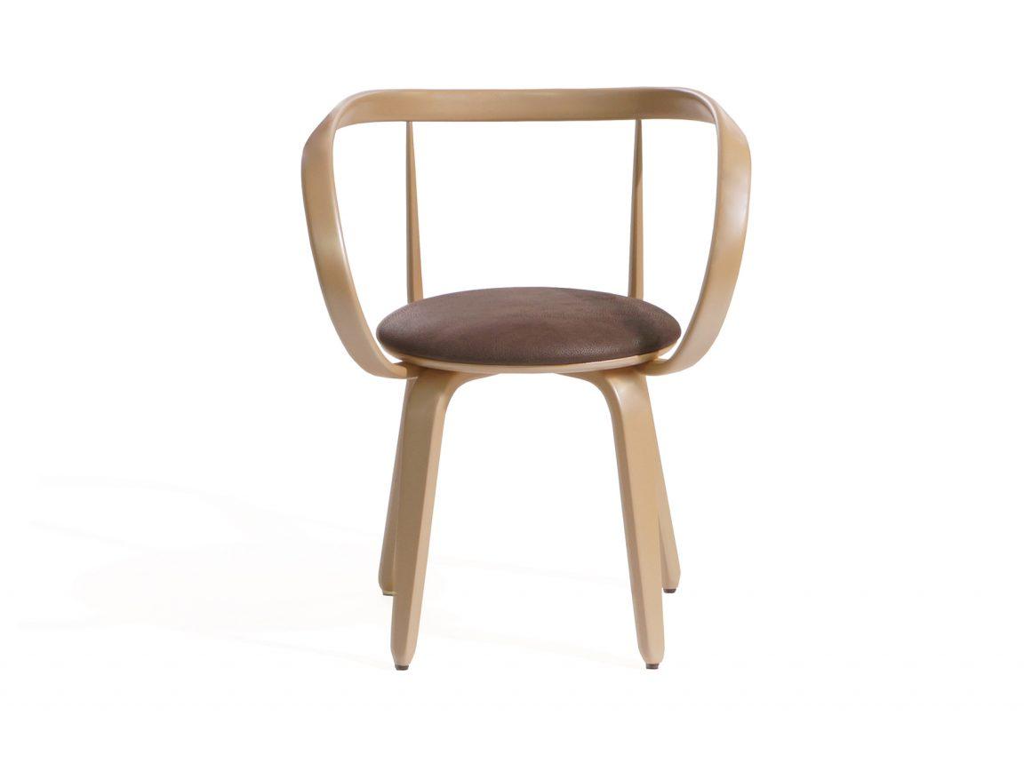 Легкий стул бежевый из дерева