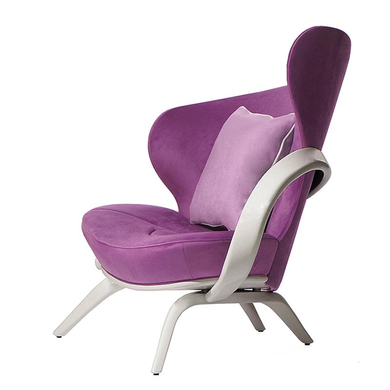 Яркое кресло неповторимого дизайна
