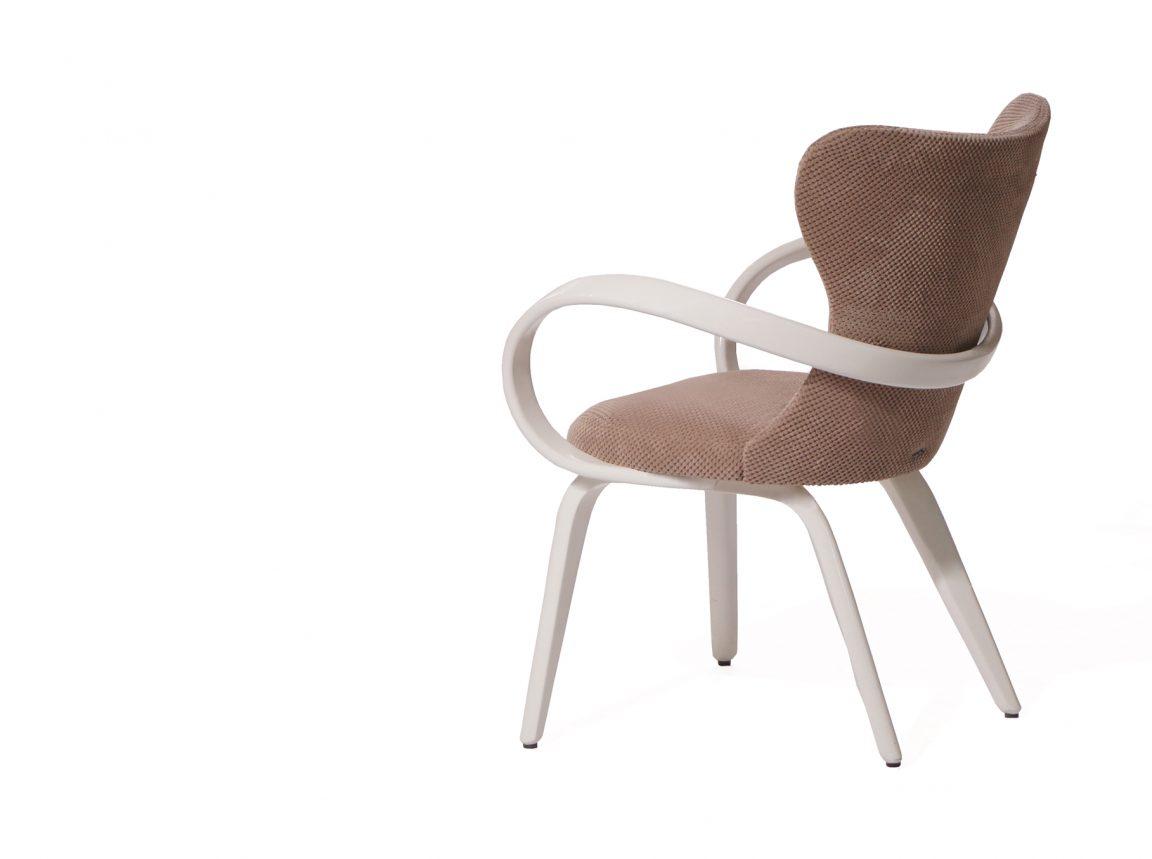 Экстравагантный стул кухонный с подлокотниками