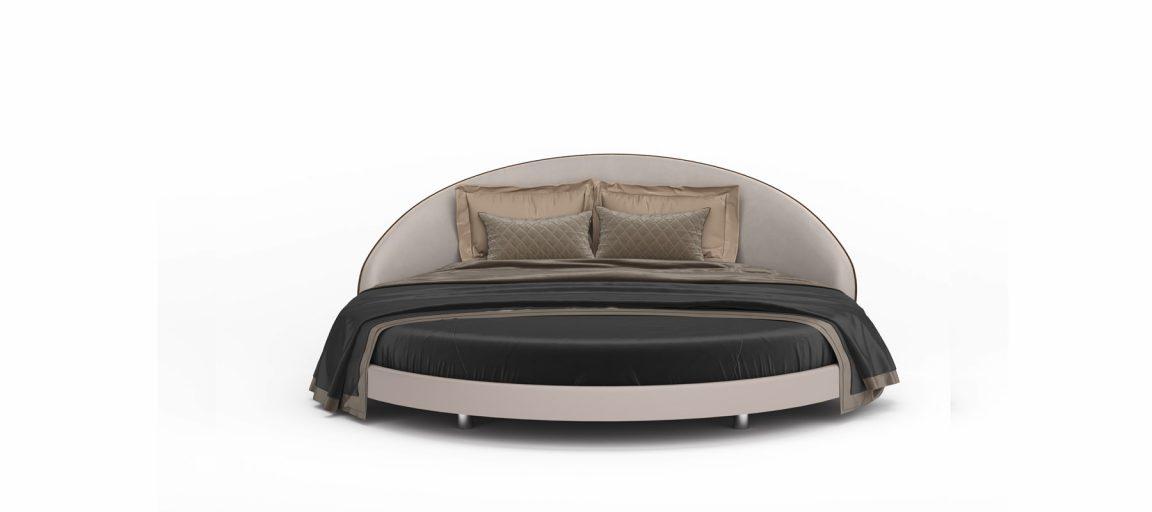 Мягкая светлая кровать удобная