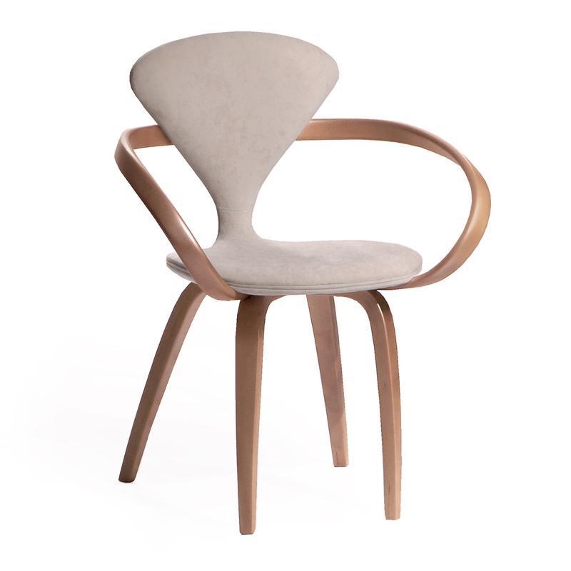 Элегантный белый стул из дерева