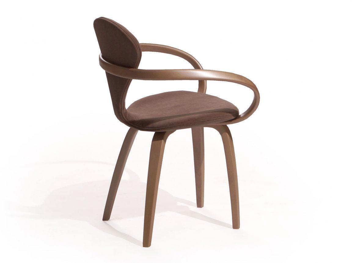 Уникальный деревянный стул для кухни