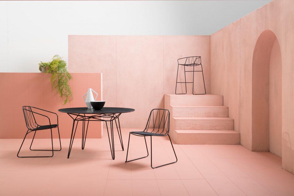 Пудрово-розовый цвет в интерьере